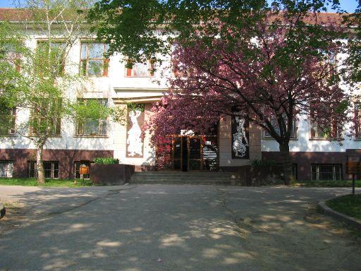 Stará škola